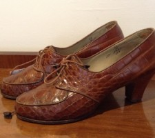 1930s Lace up Brown Leather Shoes
