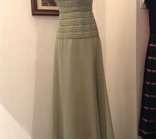 Beautiful vintage 1960s evening dress