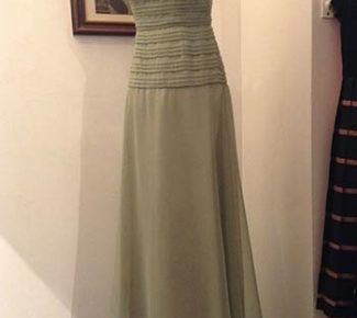 Beautiful vintage 1960s evening dress