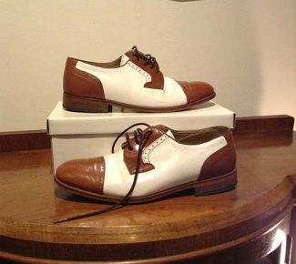 Vintage Style Two-Tone Shoes